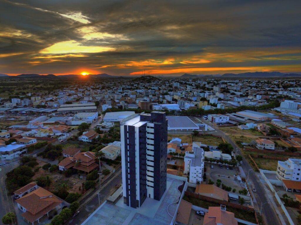 1 13 Ventos frios e nuvens deixarão temperaturas mais amenas em Guanambi até o fim de agosto