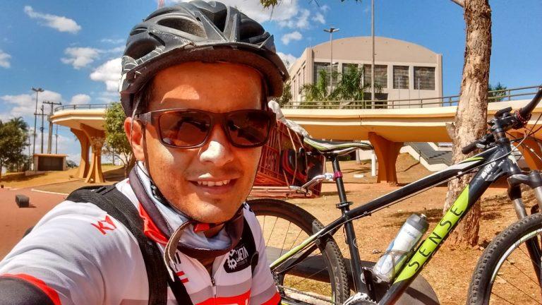 Ciclista de Urandi pedala 21 dias até Aparecida do Norte para pagar promessa