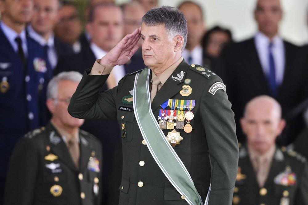1 83 Bolsonaro autoriza uso das Forças Armadas no combate a queimadas na Amazônia