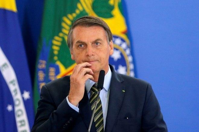 Bolsonaro diz que teste deu negativo para coronavírus
