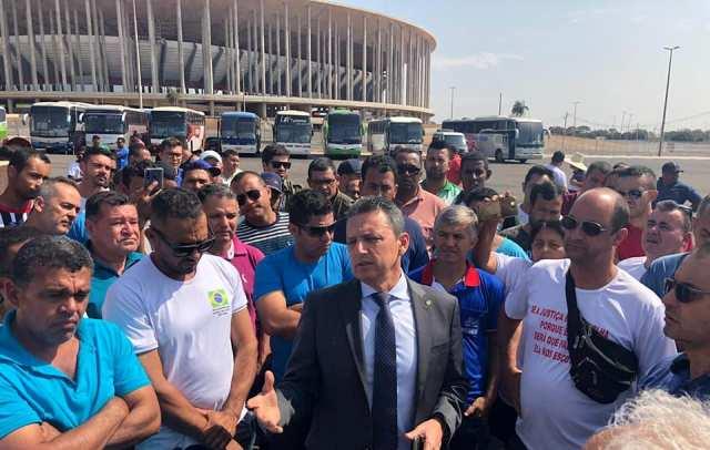 1 55 Deputado Charles Fernandes recebe em Brasília representantes dos transportes alternativos de Guanambi