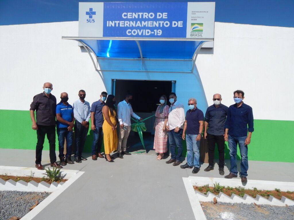 WhatsApp Image 2021 06 15 at 14.22.50 1 Serra do Ramalho comemora 32 anos com entrega de obras para saúde