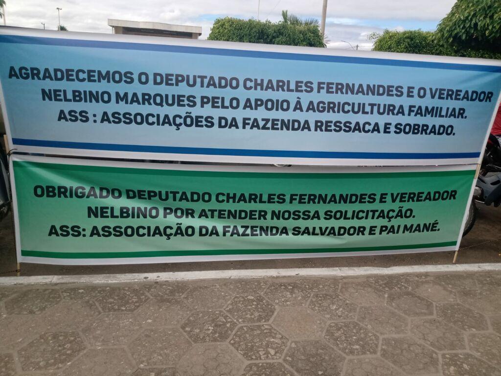 CANDIBA 3 Deputado Federal Charles Fernandes entrega tratores agrícolas em Candiba