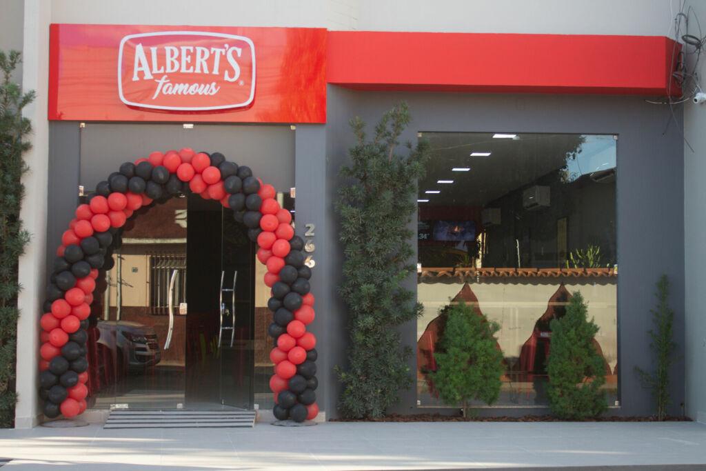 alberts guanambi 1 Inauguração da Hamburgueria Albert's Famous em Guanambi