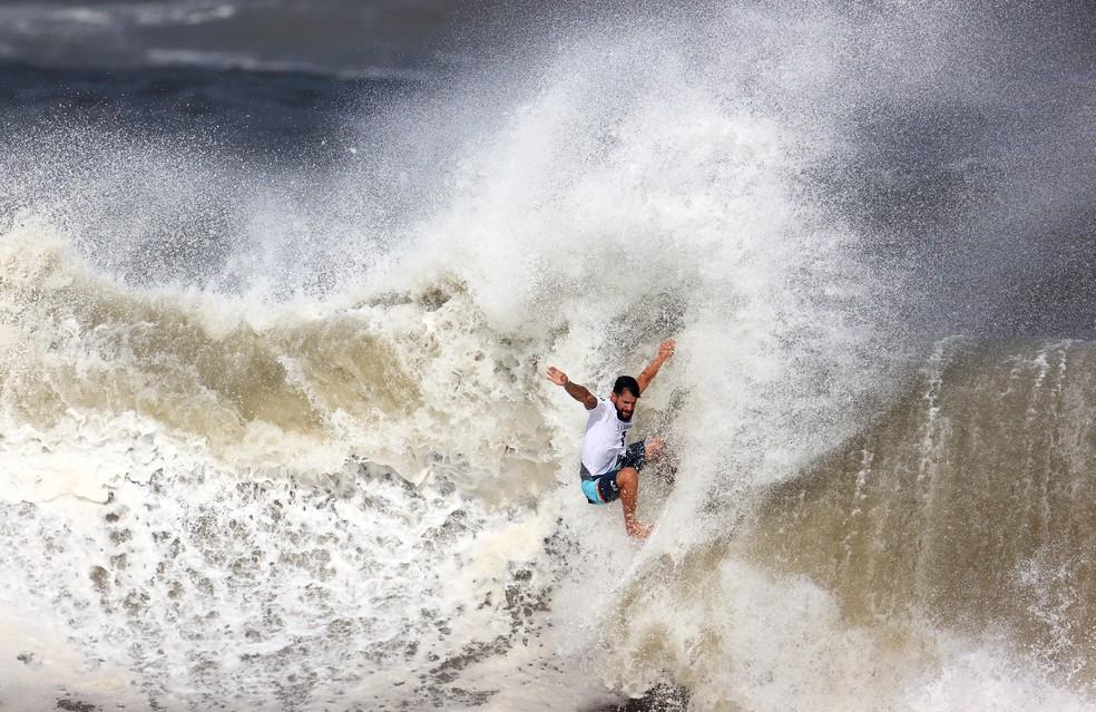 italo Ítalo Ferreira faz história no surfe e Brasil leva 1º ouro nas Olimpíadas