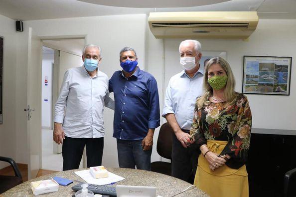 palmeiras 1 Ivana Bastos e prefeitos tratam de demandas na Seinfra