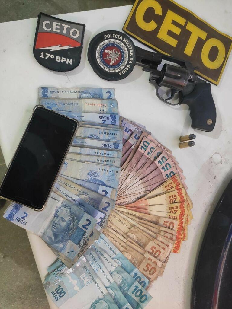 WhatsApp Image 2021 07 31 at 23.30.41 Polícia Militar prende homem com arma de fogo e máquinas caça-níqueis em Guanambi