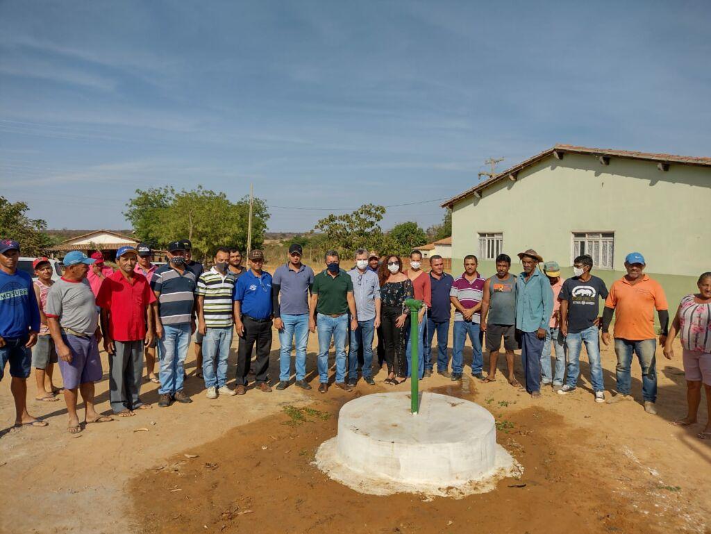 AGENDA SEBASTIAO LARANJEIRAS 2 Deputado Charles Fernandes em parceria com o Prefeito Dr. Pedro, entrega poços artesianos em Sebastião Laranjeiras