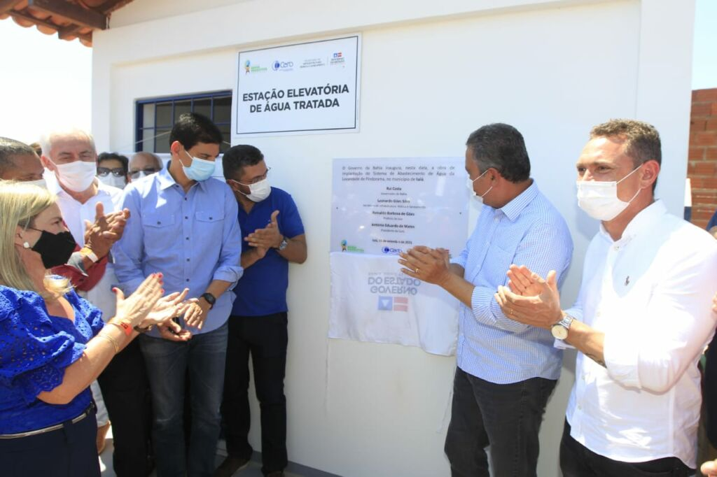 WhatsApp Image 2021 09 11 at 17.10.31 1 Em Iuiu, governador Rui Costa entrega obras e autoriza pavimentação asfáltica de trecho da BA-160