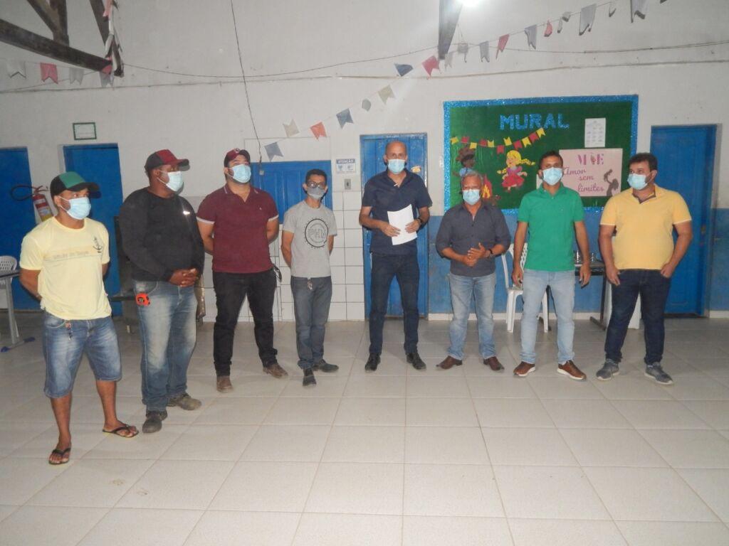 WhatsApp Image 2021 09 14 at 19.36.22 Prefeitura de Serra do Ramalho entrega ordens de serviço de R$ 1,4 milhões para reforma de escolas no município