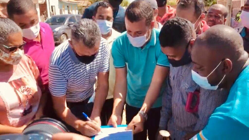 agenda malhada 2 Deputado Charles Fernandes aloca recursos para pavimentação em Malhada