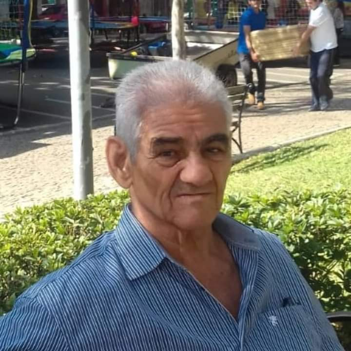 WhatsApp Image 2021 10 15 at 16.06.52 Guanambi perde o professor José Luiz